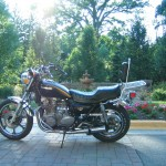 '83 KZ750 K1 - AtLarge left